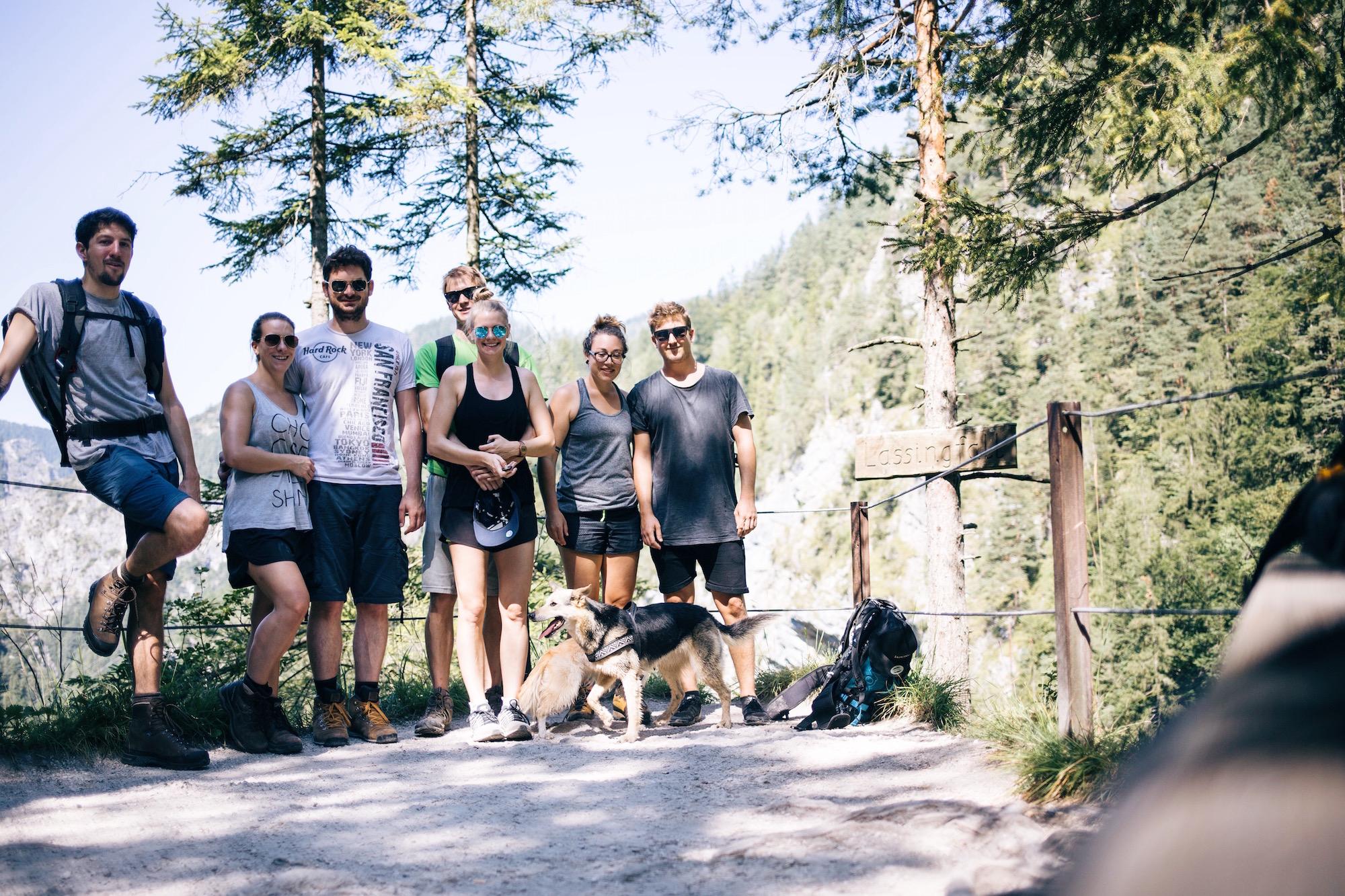 die Wander-Crew